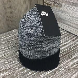 Nike SB sktbrdng hat